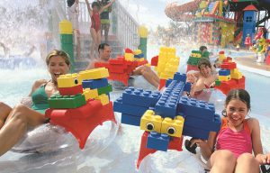 legoland_water_park_family_1920
