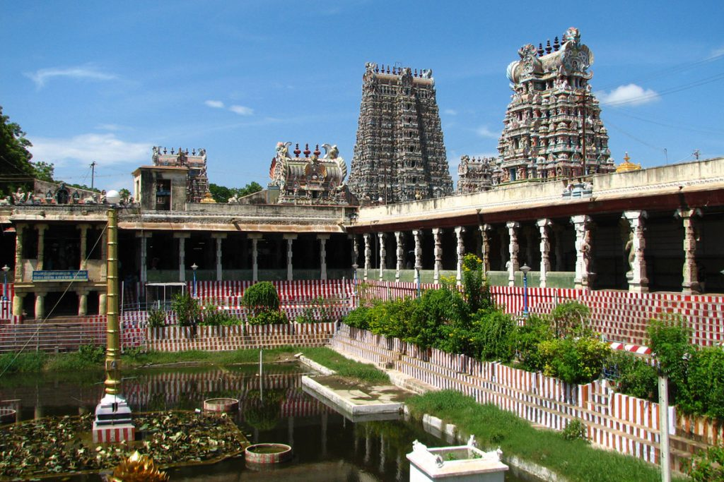 Sightseeing tour of Tamil Nadu