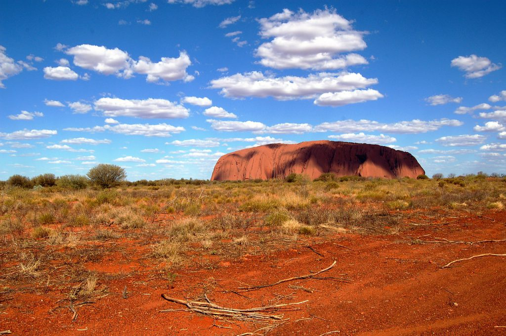 ayers-rock-587828_1280